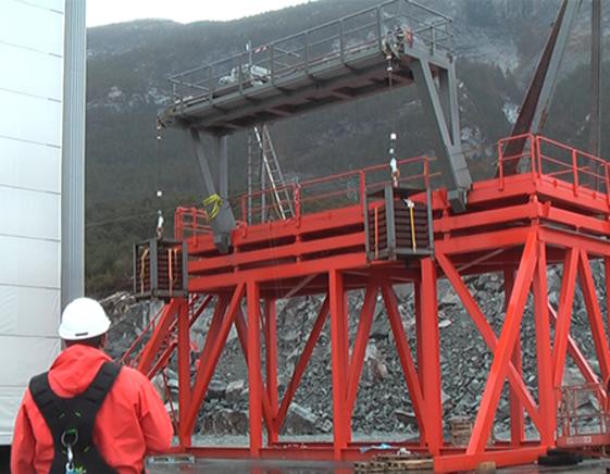 Onshore load testing of R-002 cantilever davit, VIKING Norsafe