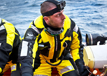 VIKING YouSafe Hurricane+ anti-exposure suit with integrated inflatable buoyancy